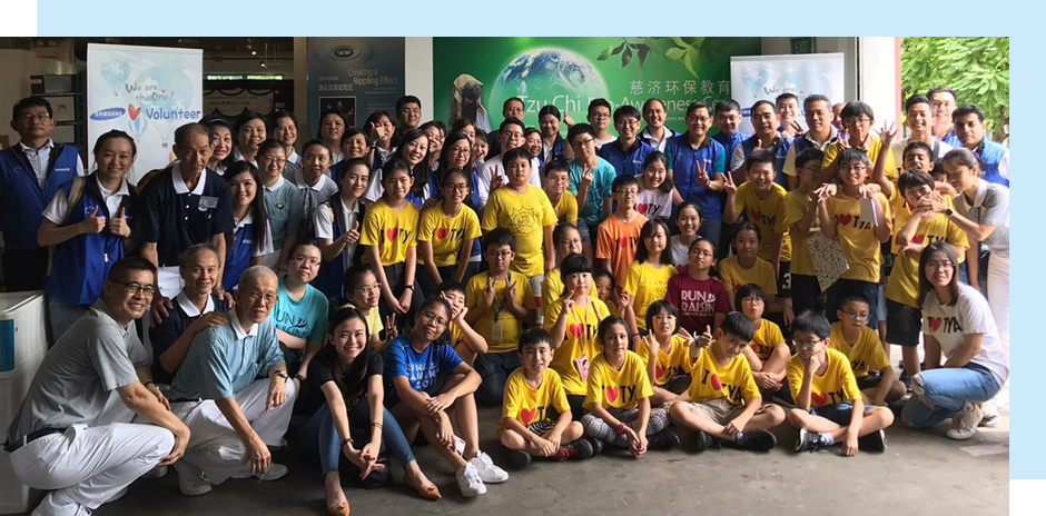 Samsung C&T's APRO staff gather with TOUCH Young Arrows kids for an eco-awareness day in Singapore.